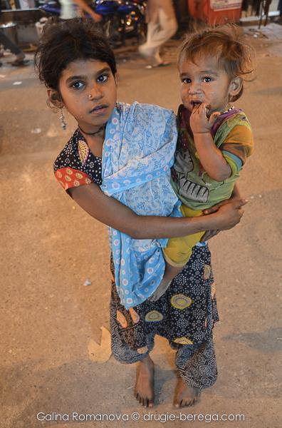 Дети-попрошайки, Индия, Дели