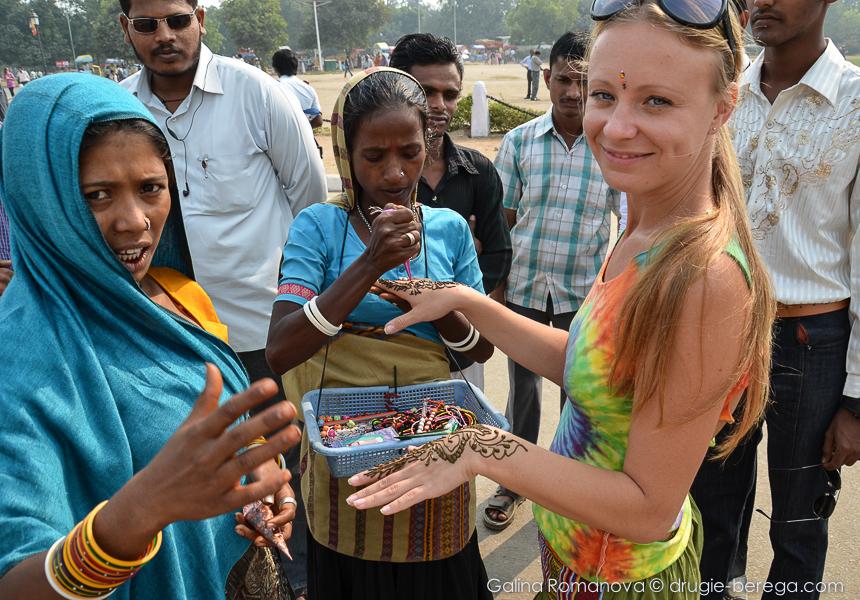 Татуировки хной в Индии - один из способов развода туристов