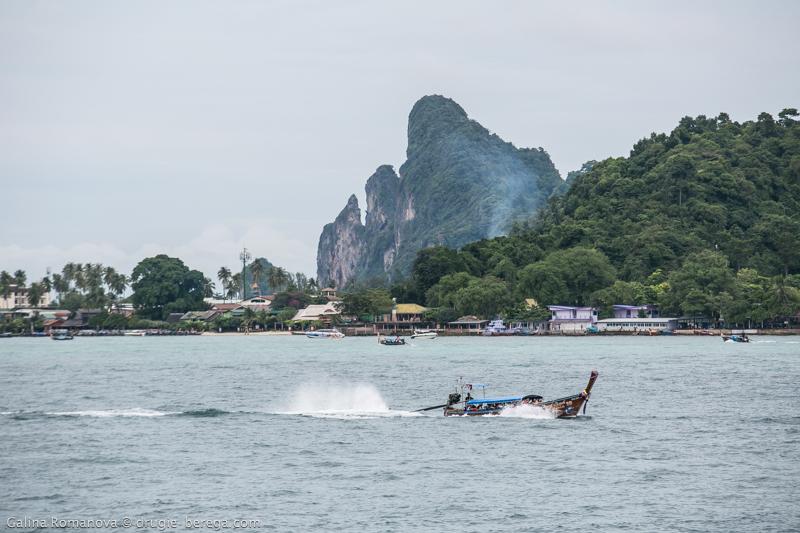 Паром с Пхукета на Пхи-Пхи, Таиланд