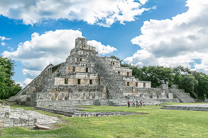 Пирамиды Эцна, Мексика