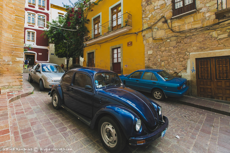 Ретро-авто на улицах Гуанахуато