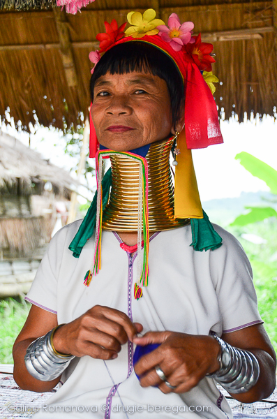 Племя длинношеих женщин Карен, Long Neck people