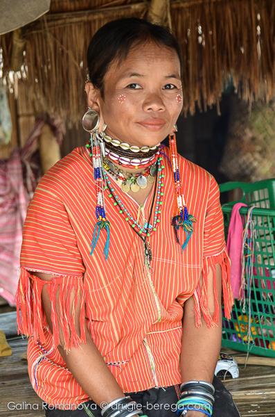 Племя каренов - это не только женщины с длинными шеями