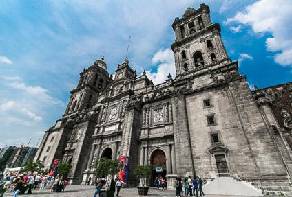 Первый взгляд на мексиканскую столицу: Кафедральный собор Мехико