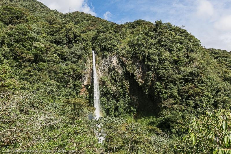 Водопад Мачай, Эквадор; Cascada del Rosio de Machay Ecuador
