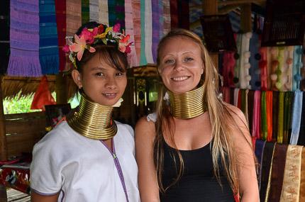 Племя каренов, или в гостях у длинношеих женщин
